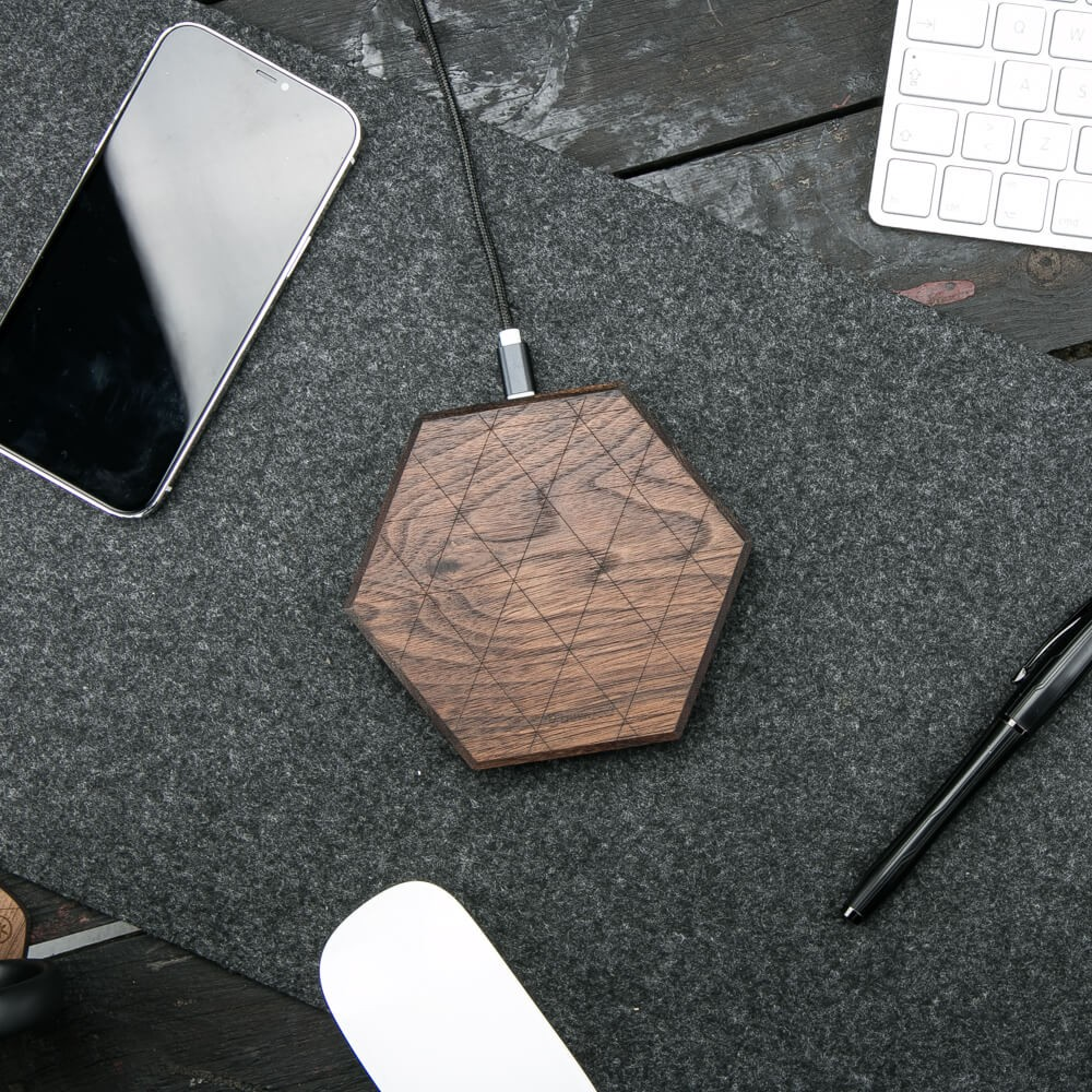 Bewood Hexagon Oak Qi 15W